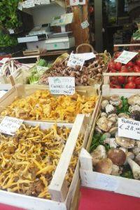 mercato01.jpg