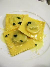 ravioli ricotta spinaci.jpg